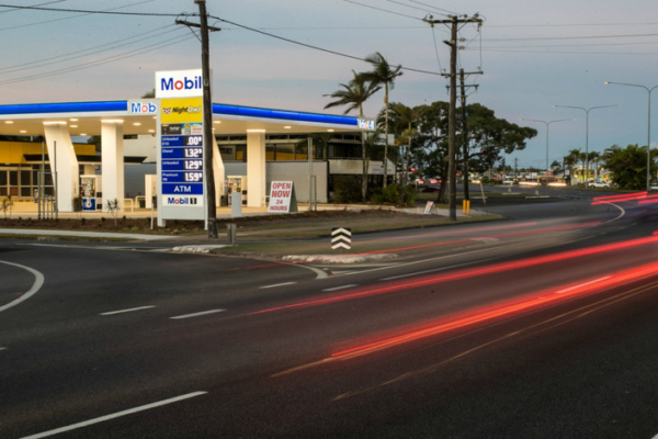 Drive thru for lease, Cairns